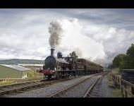 L & Y Vintage Train