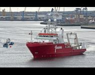 Fugro Galaxy leaving river Tyne