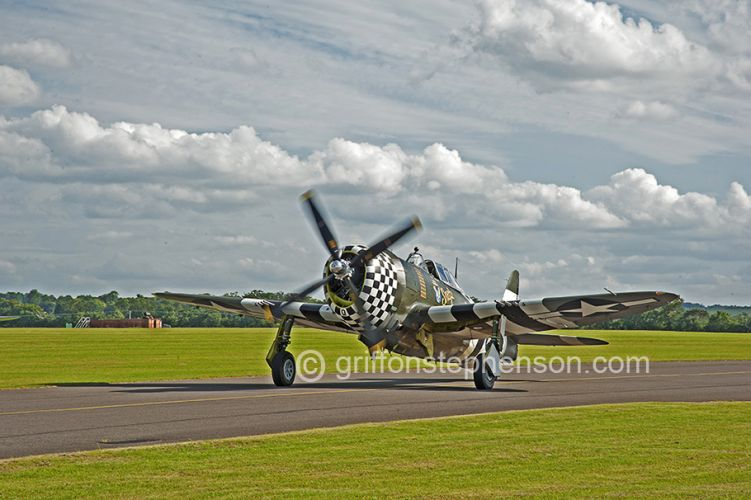 Thunderbolt on Taxiway